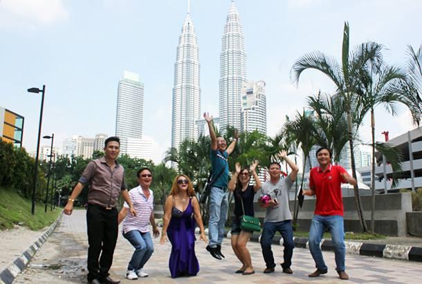 Kinh Nghiệm Du Lịch Bụi Malaysia Không Cần Giỏi Tiếng Anh