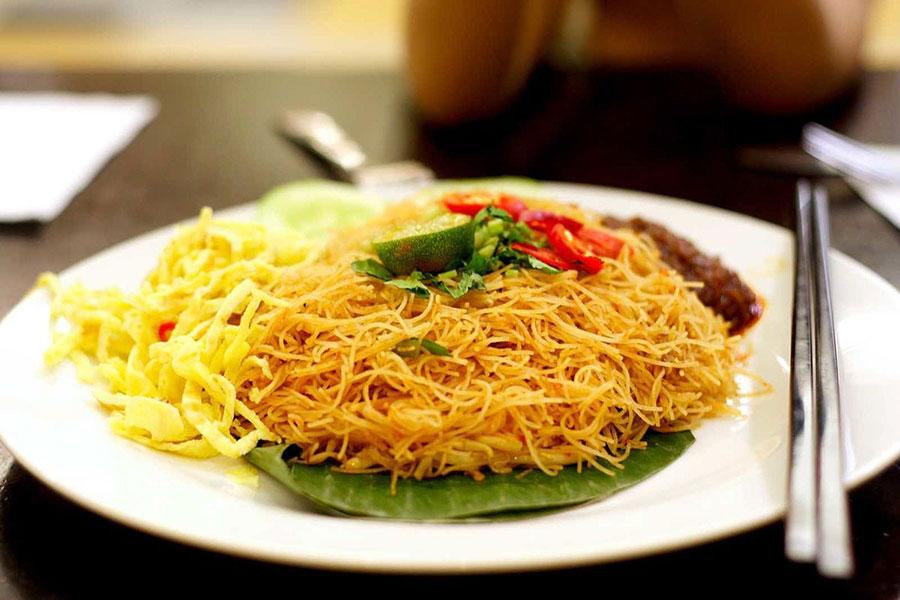 """Món Ăn Gây """"Nhức Nhối"""" Du Lịch Singapore – Malaysia"""