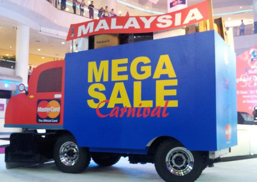 """Gom Lúa"" Thu Hoạch Mùa Sale Ở Malaysia"