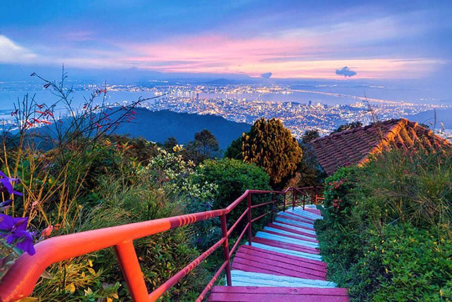 mot-goc-canh-Penang-Hill-Malaysia