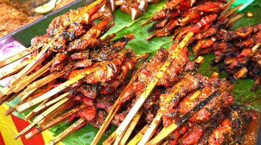 thit-ga-Ayam-Percik-mot-trong-nhung-mon-an-vat-o-malaysia
