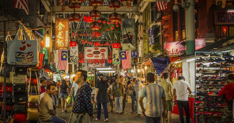 Tour khám phá Kuala Lumpur về đêm – thưởng thức buffet tối truyền thống