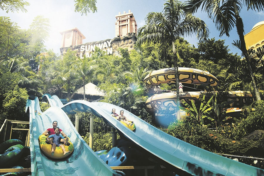 khu-vui-choi-sunway-lagoon-malaysia-tour-1-ngay-1-Malaysia-gia-re