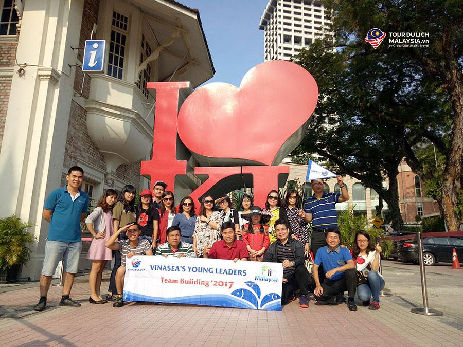 Công ty Vinasea tham quan Kuala Lumpur