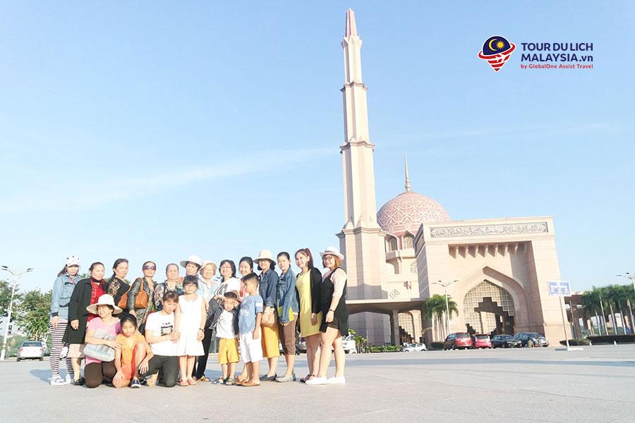 đặt land tour Malaysia du lịch tự túc