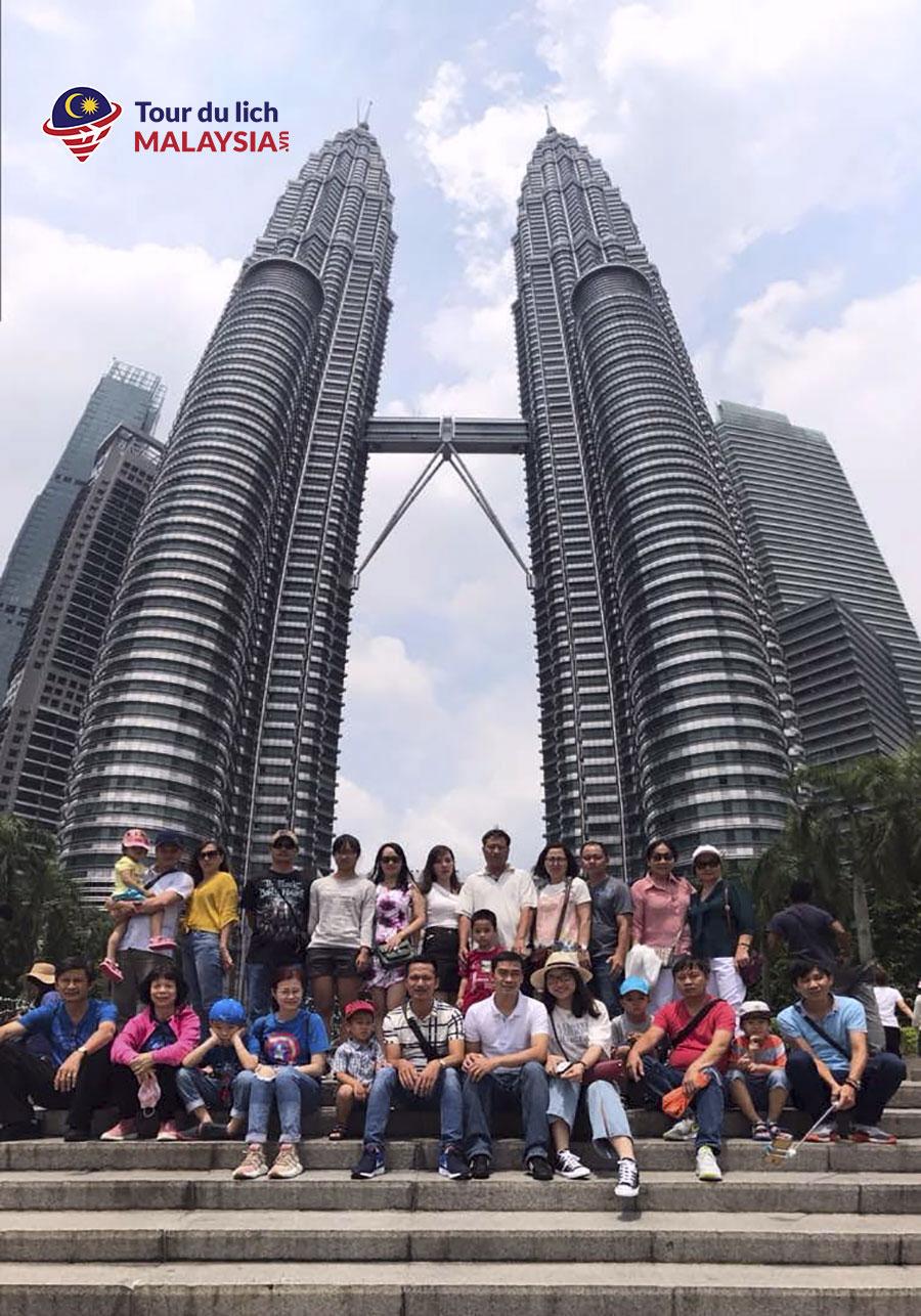 tham quan tháp đôi - VNPT Net 2 - land tour Malaysia